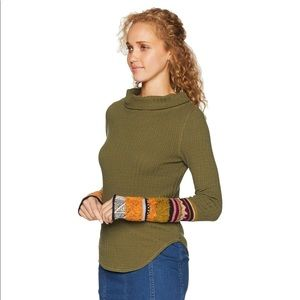 FP mixed up cuff Thermal Top